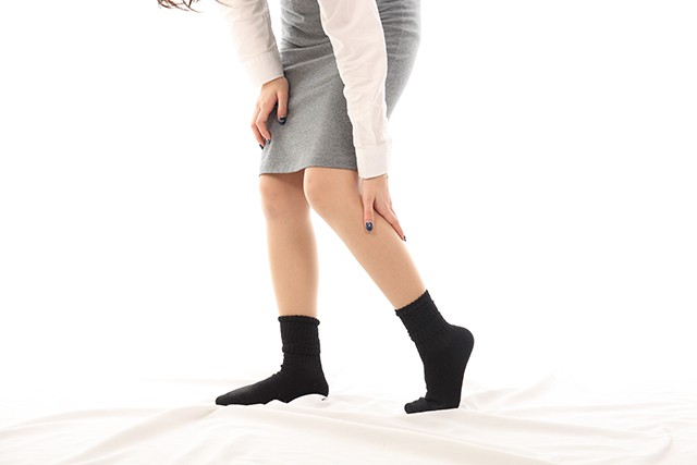 坐骨神経痛,腰痛,お尻全体の痛み,太ももの裏の痛み,足にしびれ