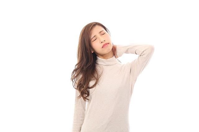 肩こりと頚椎症,頚椎ヘルニアの症状との違い