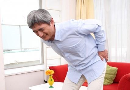 脊柱管狭窄症,腰痛,お尻全体の痛み,太ももの裏の痛み,足にしびれ